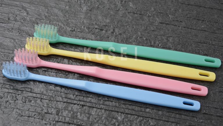 bàn chải đánh răng dùng trong khách sạn