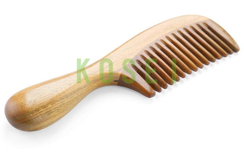 lược gỗ tránh rụng tóc