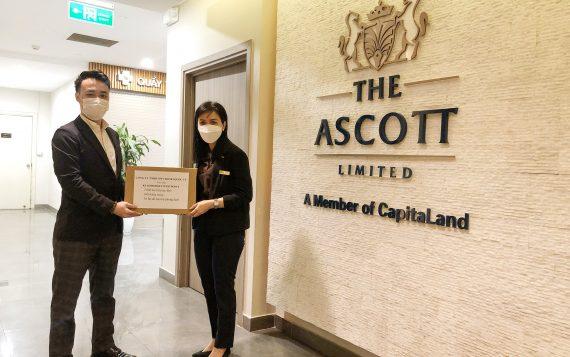 KOSEI trao tặng đồ bảo hộ phòng dịch, gel rửa tay khô cho khách sạn Somerset West Point Hà Nội